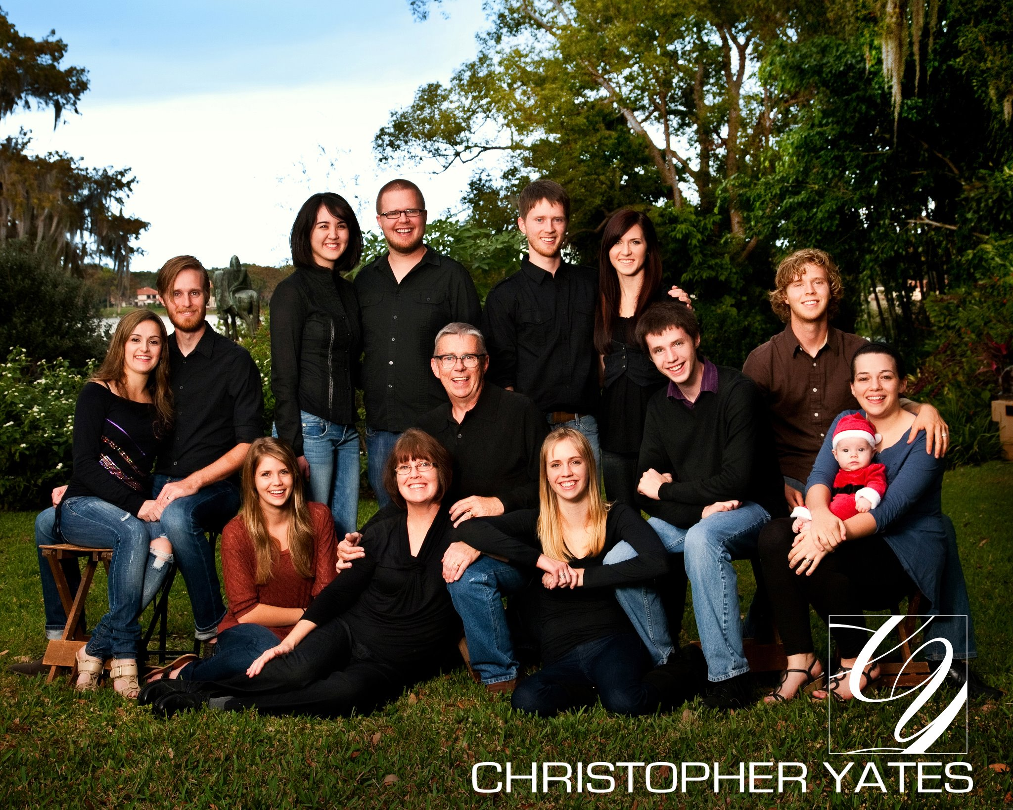 should hire professional photographer family portraits